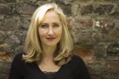 Historical Writers Association member - Anna Mazzola