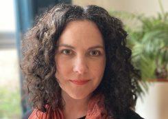 Historical Writers Association member - Lora Davies